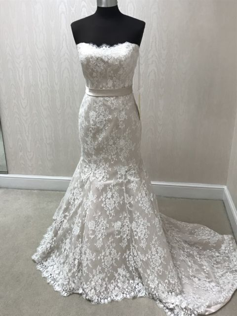 Allure Bridals 9117 Wedding Dress Sample Size 14 599,Fall Second Marriage Wedding Dresses Color