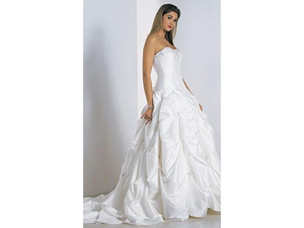9fdb4232d56 Pin it · Alfred Angelo 1963 6