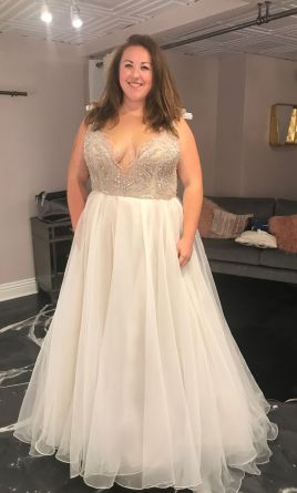 Hayley Paige Kenny 6701 2 999 Size 24 New Un Altered Wedding Dresses