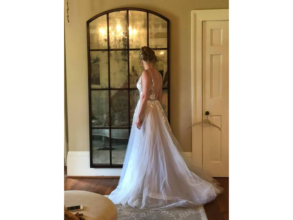 Bhldn Hearst Gown 550 Size 2 Used Wedding Dresses