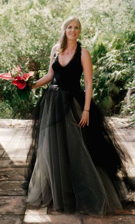 Black Wedding Dresses with Sleeves 2018