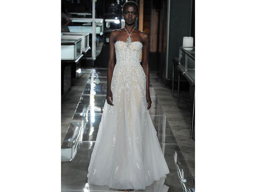 Reem Acra Fleur Gown, $6,446 Size: 6 | Used Wedding Dresses