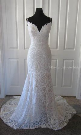 353b75d01025a Melissa Sweet Tiered Lace Mermaid/MS251175, $800 Size: 4 | Used ...