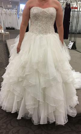Oleg Cassini CWG568 Ivory/Champagne, $900 Size: 12   New (Un-Altered ...
