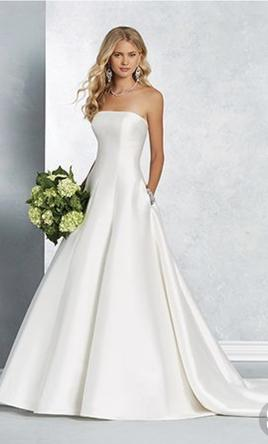 Alfred Angelo 2622 Wedding Dress | New, Size: 14, $450