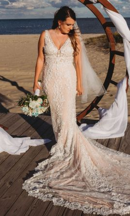 8af1f18b8b Beach Wedding Dresses | PreOwned Wedding Dresses