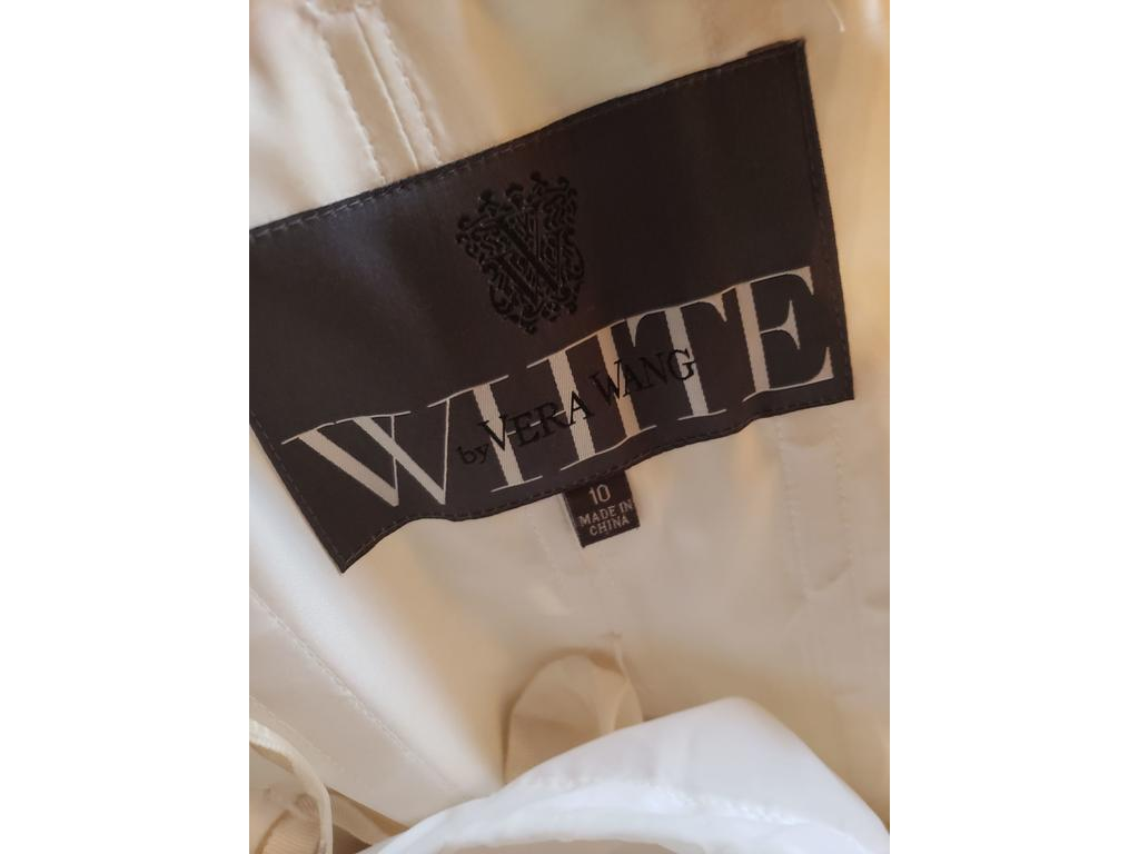 c2f51bddf5e1 Pin it Add to: Vera Wang White BRAND NEW! NEVER MARRIED! VEN STYLE/VW351065  IVORY 10