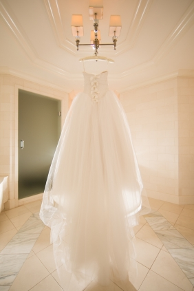 PreOwnedWeddingDresses.com Real Weddings | Photo: Anna and Spencer Photography